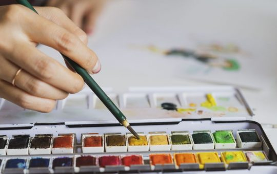 Make paint out of everyday items